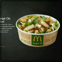 マックのサラダ.jpg